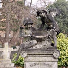 engelfiguren mit schale
