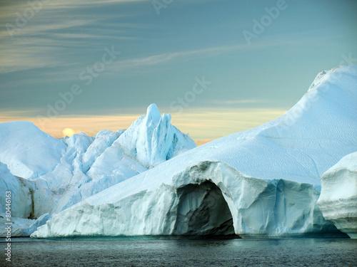 Fotobehang Antarctica 2 eisberge grönland, höhle