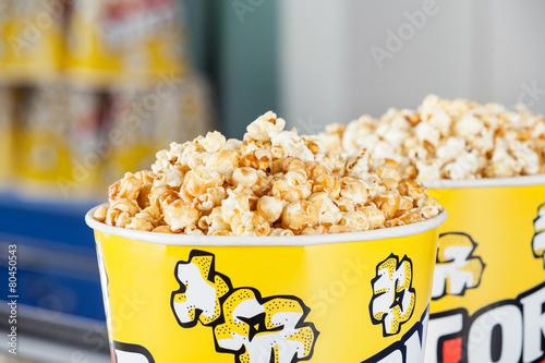 Keuken foto achterwand Boodschappen Roasted Popcorns In Buckets At Cinema