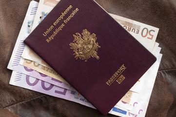 passeport français et euros