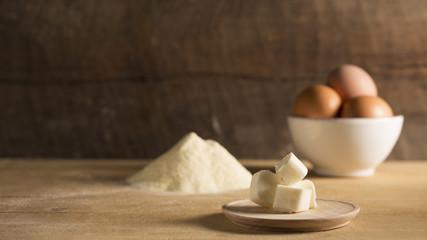 burro uova e farina ingredienti
