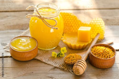 Fotobehang Dessert beekeeper's still life