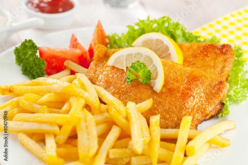 wiener schnitzel - 80470948