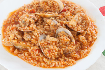 Delicious rice dish with clams