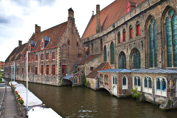 Houses on canal, Bruges, Belgium