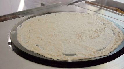 Cooking Pecan Nut French Crepe