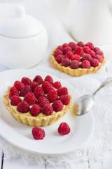 tart with fresh raspberries