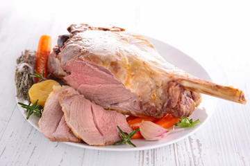 lamb leg and vegetables