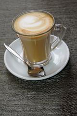 Cappuccino im Glas