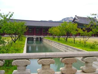 韓国の宮殿の庭園