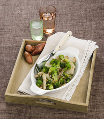 Broccoli with shallots