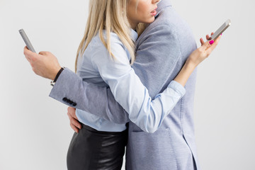 Couple addicted to mobile phone