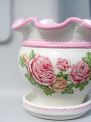 Decoupage on flower pot