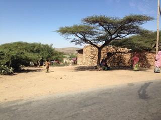villaggio africano sulla strada