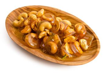 Traditionelle orientalische Süßigkeit mit Cashewkernen und Hon