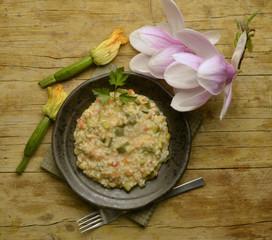 Risotto with zucchini and shrimps mit цуккини und garnelen