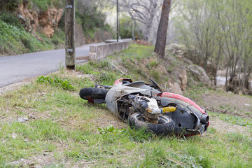 Moto accidentada.