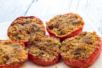 Stuffed tomatoes au gratin