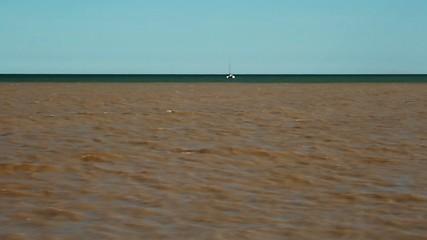 Desembocadura de río tras temporal