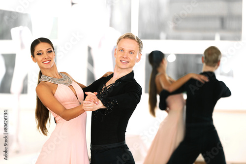 obraz PCV Taniec towarzyski w ruchu