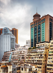 The stark contrast of buildings old and modern architecture in d