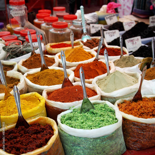 Staande foto India Variety of spices at Anjuna flea market in Goa, India