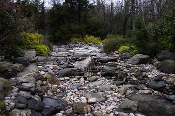 taş kayalıklar