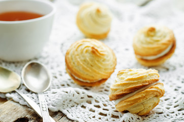 shortbread with cream cheese