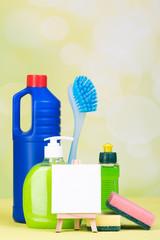 reinigungsmittel mit hinweistafel