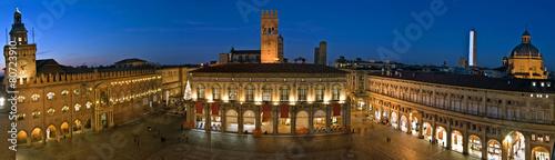 Fotobehang Artistiek mon. view of piazza maggiore - bologna