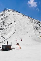 Alpine ski run