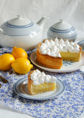 lemon tart with merengue