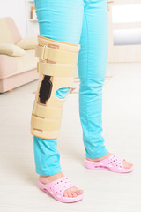 Leg in knee cages