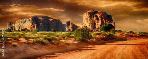 Monument Valley - 80741159