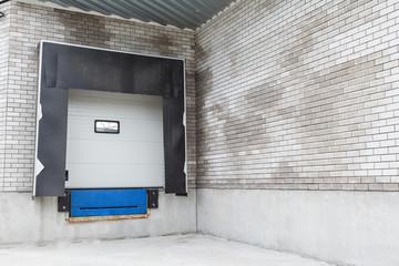 warehouse ramp
