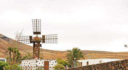 Molino ornamental en Teguise, Lanzarote, Islas Canarias