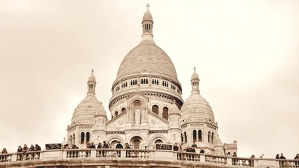 The Basilica of the Sacred Heart in Montmartre-Time Lapse
