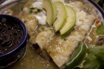 Enchiladas verdes con carne