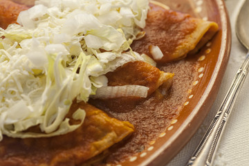 Enchiladas Rojas de pollo
