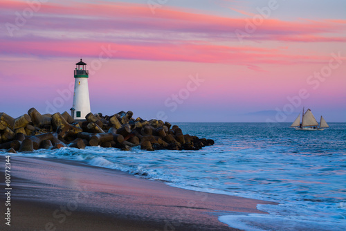Poster Zee / Oceaan Walton Lighthouse in Santa Cruz, California at sunset