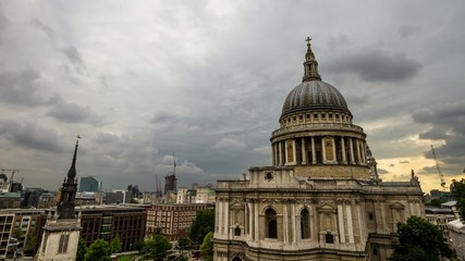 HD time lapse of cloudy sky & St Paul's Cathedral, London