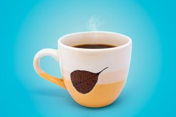 Чашка кофе на голубом фоне