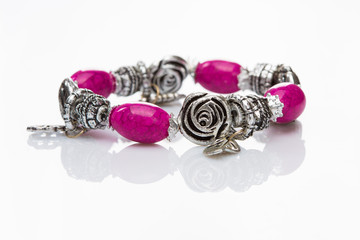 multicolored beads bracelet in the form of roses