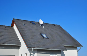 House roof roofing