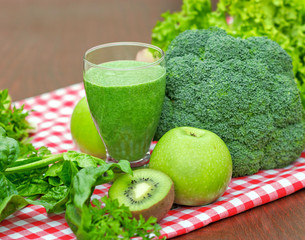 Healthy drink - green smoothie