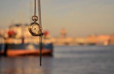 Петербургское время