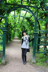 Goth girl Peterhofs green valley