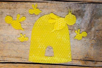 Bienenwachs, Bienenstock mit Bienen