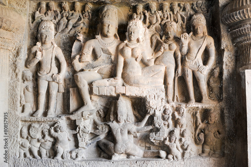 Papiers peints Inde Statues on Ellora caves near Aurangabad in India