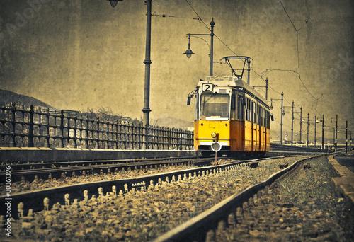 Leinwandbild Motiv The tram is coming
